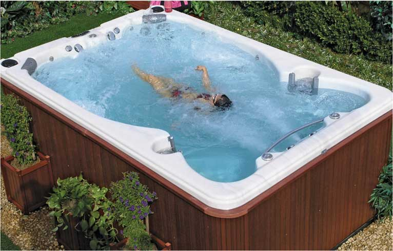 Hot Tub Swim Spas | Albuquerque, NM | Dreamstyle Remodeling