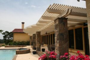 Creating a Luxurious Outdoor Living Space